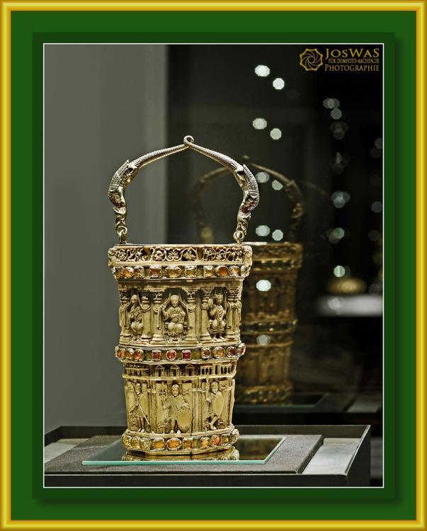 Elfenbein Situla Dom Aachen Weihwasser Gefäß