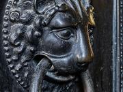 Bronzetüre der Karlskapelle / Dom Aachen / Foto: JosWaS / © Domkapitel Aachen