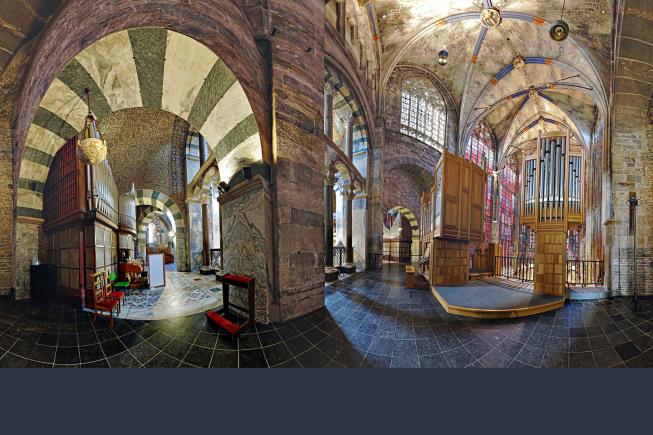Projektion aus Kugelpanorama (Hugin - PanoTools) | Dom Aachen | Foto: JosWaS, © Domkapitel Aachen