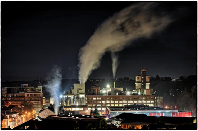 Kupferstadt Stolberg Rhld. / Industrie bei Nacht | © JosWaS